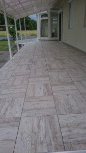 Madera White padlólap 45x45 kültérre is